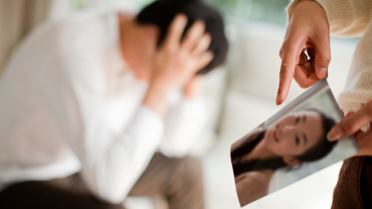 出轨离婚的男人_出轨离婚的男人