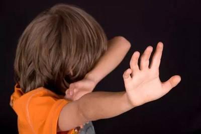 孩子出轨_孩子怎样给出轨前夫_女人出轨为了孩子离婚不离家