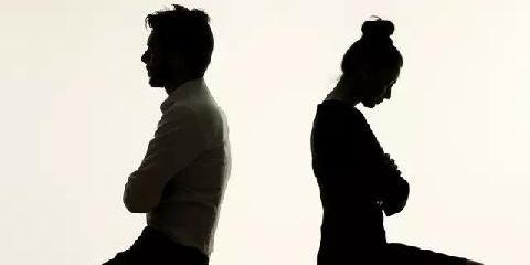 婚姻出轨了_临界婚姻第几集出轨了_十年婚姻老婆出轨了
